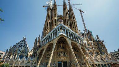 Die Passionsfassade der Sagrada Familia.