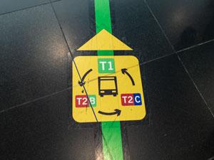 Das Symbol welches zum Flughafenshuttle führt.