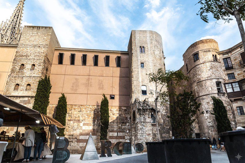 Portal ins Barri Gòtic von Barcelona.