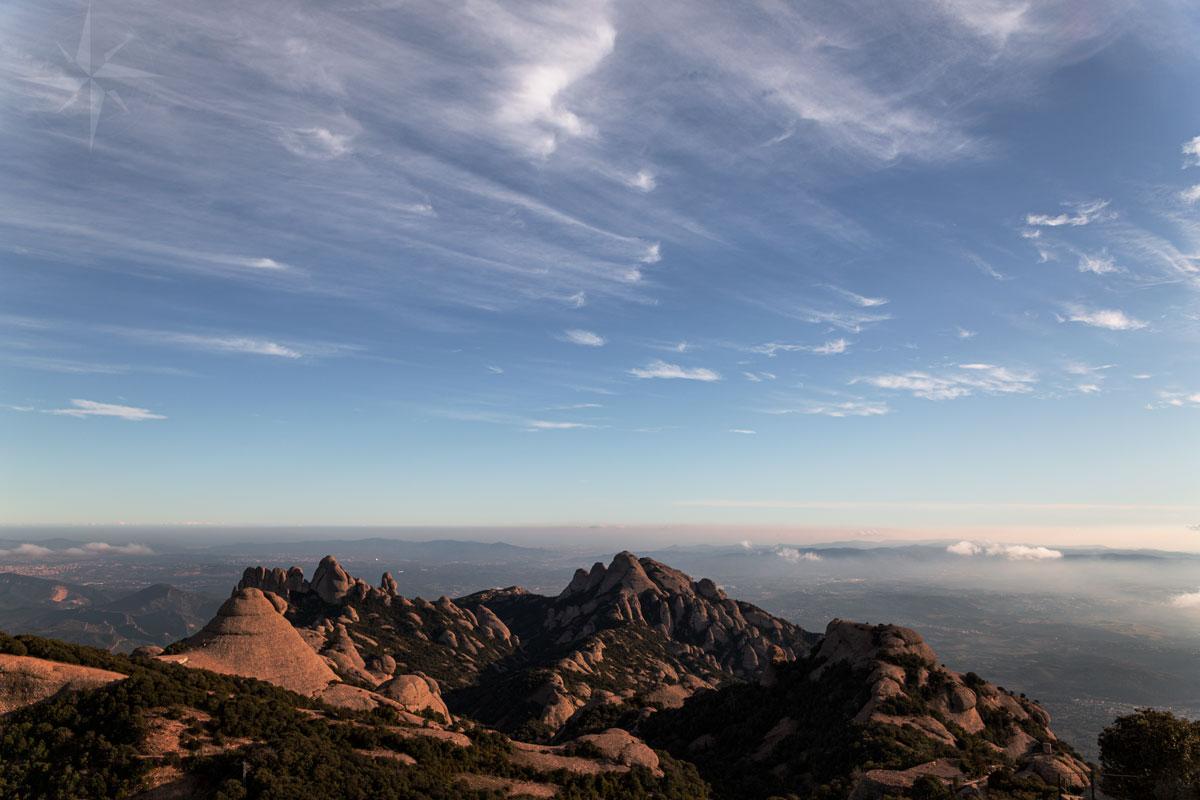 Ausblick über den Montserrat und das Tal.
