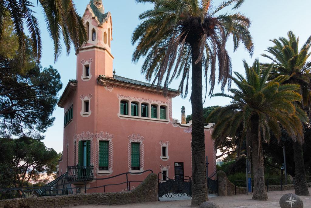 Gaudis ehemaliges Haus, in dem heute ein Museum untergebracht ist.