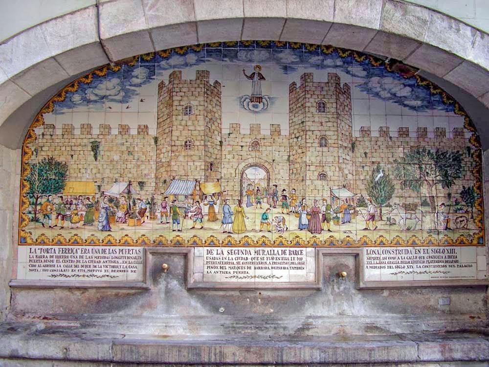 Das Wandgemälde des Brunnens.