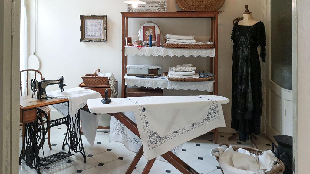 Bügelzimmer in der Casa Milà.
